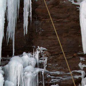 esc-hielo-cascada